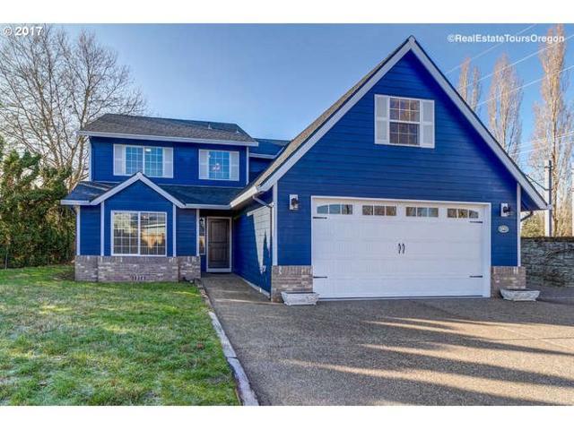 3242 NE Olympic St, Hillsboro, OR 97124 (MLS #17048526) :: TLK Group Properties