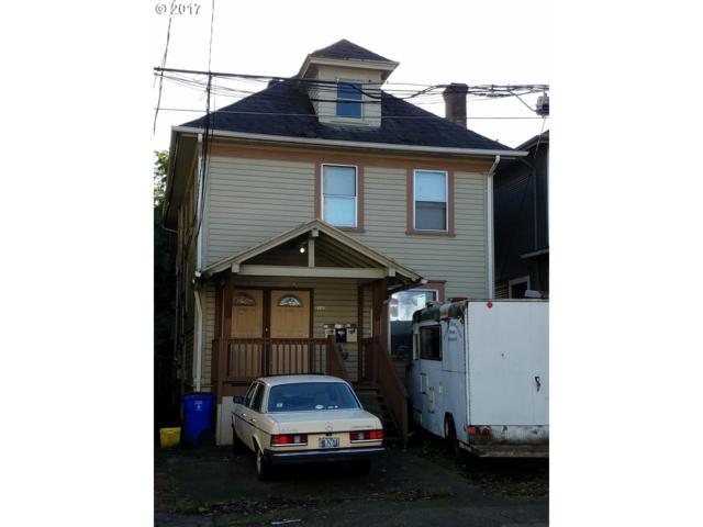 2142 NW Irving St, Portland, OR 97210 (MLS #17055809) :: Stellar Realty Northwest