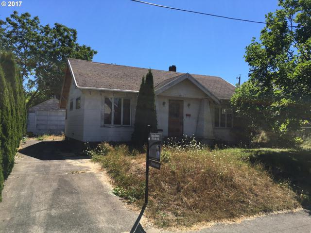 9014 N Richmond Ave, Portland, OR 97203 (MLS #17056614) :: HomeSmart Realty Group Merritt HomeTeam