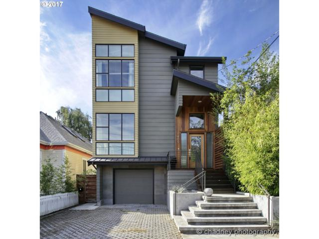1409 SE 37TH Ave, Portland, OR 97214 (MLS #17073769) :: The Reger Group at Keller Williams Realty