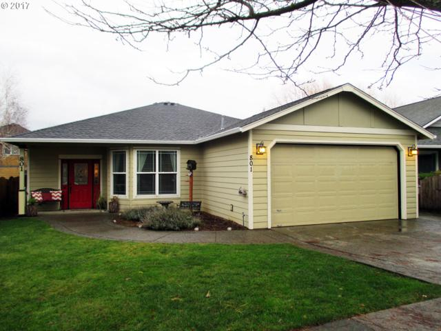 801 Henderson, Hood River, OR 97031 (MLS #17074472) :: Matin Real Estate