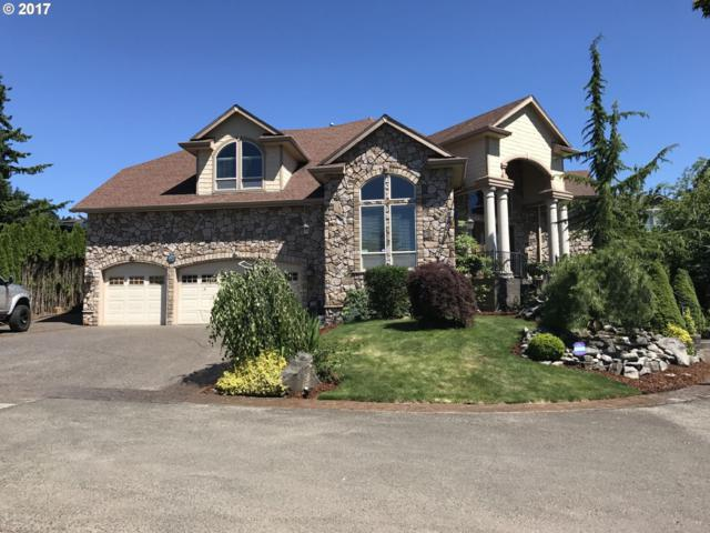9471 SE Chianti Ter, Happy Valley, OR 97086 (MLS #17087174) :: Matin Real Estate