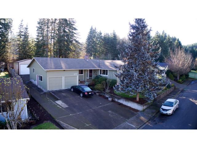 2273 W Harrison Ave, Cottage Grove, OR 97424 (MLS #17100830) :: Song Real Estate