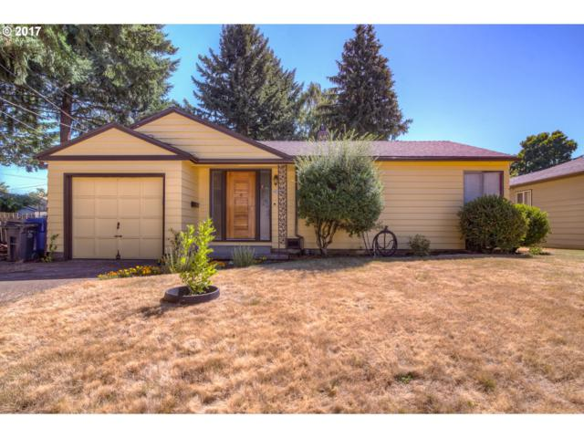 4724 SE 49TH Ave, Portland, OR 97206 (MLS #17101298) :: Hatch Homes Group