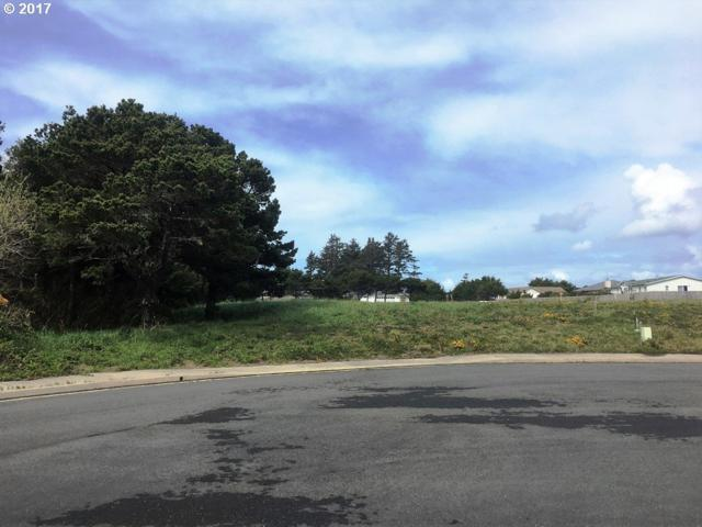 3076 Periwinkle Ln #6, Bandon, OR 97411 (MLS #17102101) :: Cano Real Estate