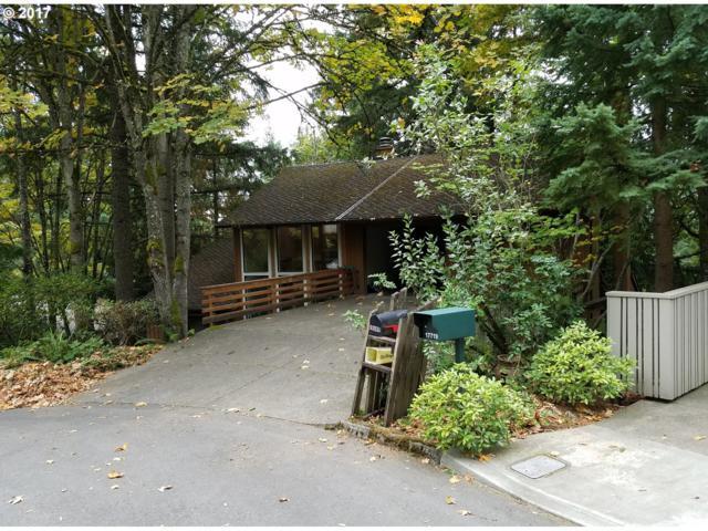 17755 Overlook Ln, Lake Oswego, OR 97034 (MLS #17111281) :: TLK Group Properties