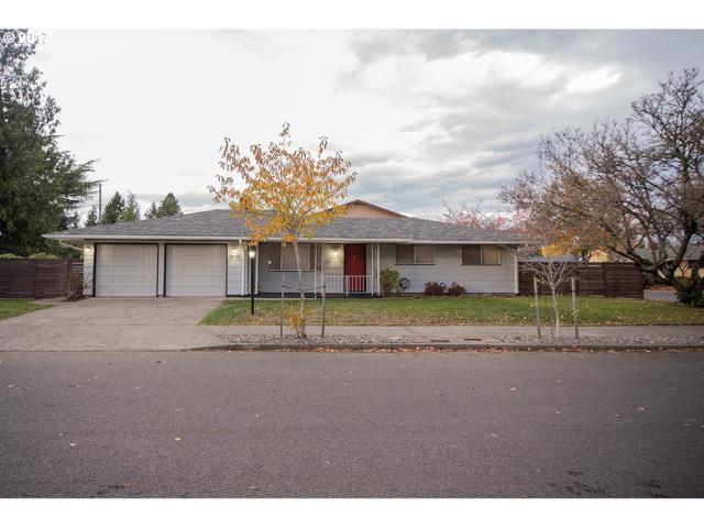 15129 SE Sherman St, Portland, OR 97233 (MLS #17113675) :: TLK Group Properties