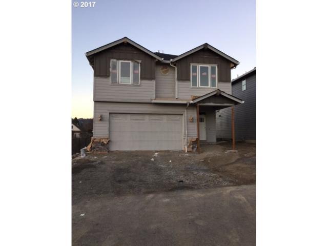 12101 SE Echo Valley St, Clackamas, OR 97015 (MLS #17116741) :: Matin Real Estate
