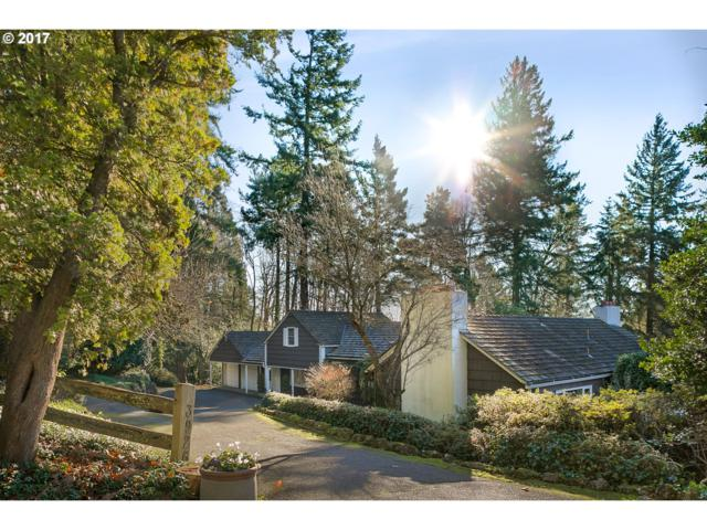 3926 SW Martins Ln, Portland, OR 97239 (MLS #17117500) :: Song Real Estate