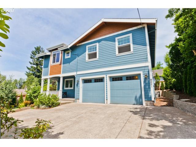 4821 SW Pendleton St, Portland, OR 97221 (MLS #17119910) :: Hatch Homes Group