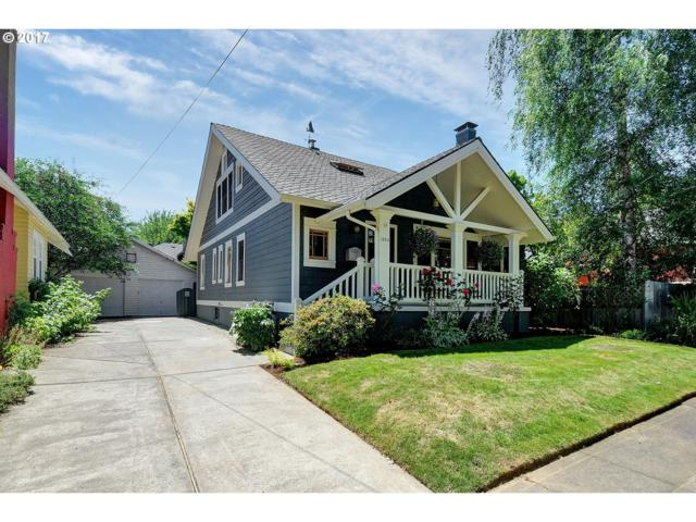 1324 SE Flavel St, Portland, OR 97202 (MLS #17121310) :: Stellar Realty Northwest