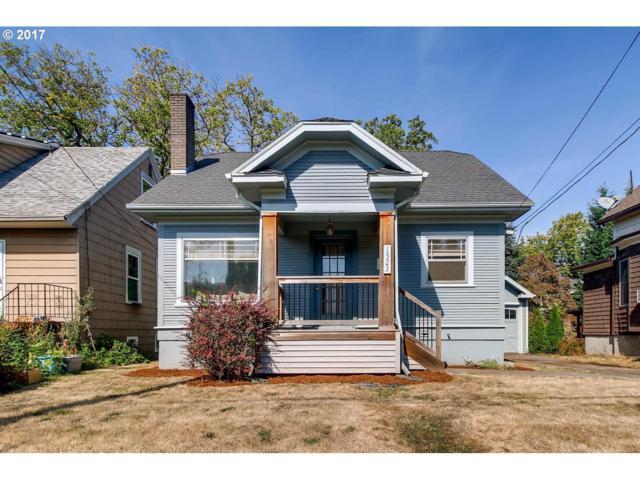 1523 SE Yukon St, Portland, OR 97202 (MLS #17121887) :: Hatch Homes Group