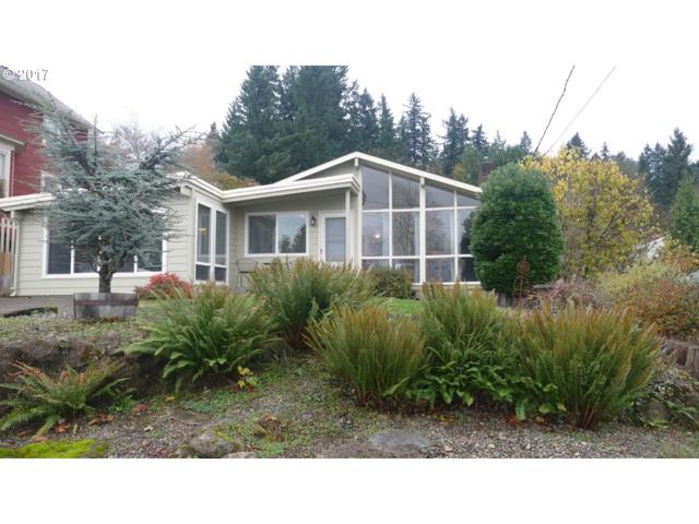1114 4TH St, Oregon City, OR 97045 (MLS #17129924) :: Fox Real Estate Group