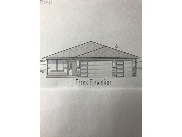 1840 NE Currin Creek Dr, Estacada, OR 97023 (MLS #17129933) :: Next Home Realty Connection