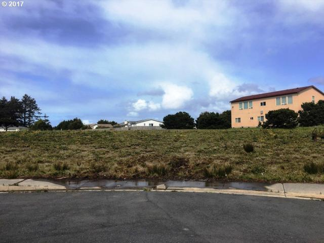 3087 Periwinkle Ln Lot 7, Bandon, OR 97411 (MLS #17133107) :: Cano Real Estate