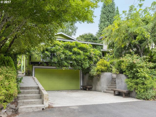 8315 SW 2ND Ave, Portland, OR 97219 (MLS #17145293) :: Change Realty