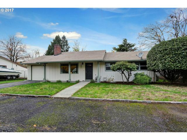 2801 SE 166TH Ave, Portland, OR 97236 (MLS #17150661) :: Cano Real Estate