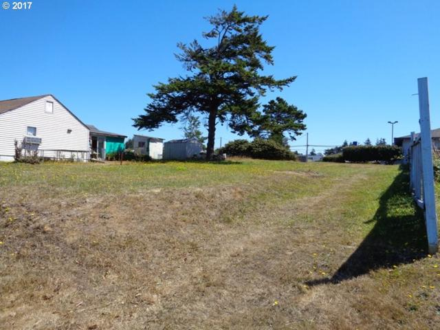 0 S Marple, Coos Bay, OR 97420 (MLS #17153941) :: Hatch Homes Group