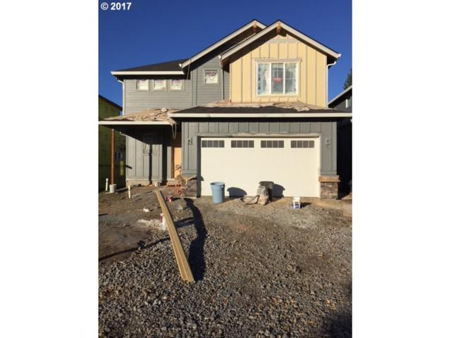 12137 SE Echo Valley St, Clackamas, OR 97015 (MLS #17174182) :: Stellar Realty Northwest