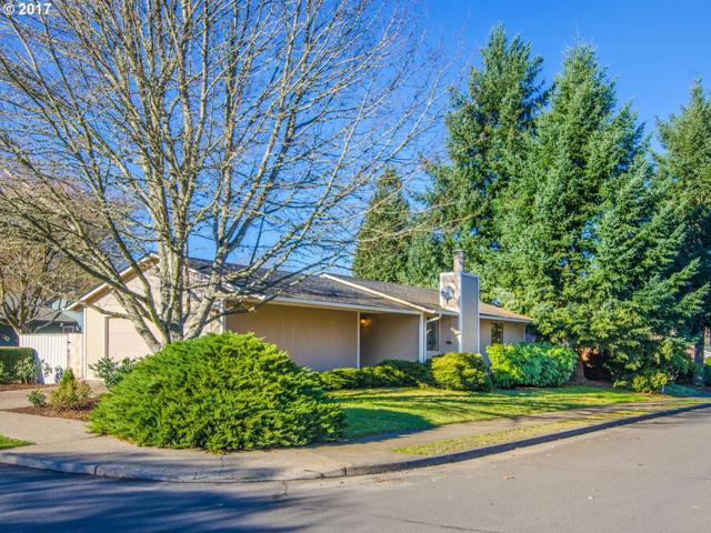 8315 SW La Mancha Ct, Tigard, OR 97224 (MLS #17189891) :: Portland Lifestyle Team