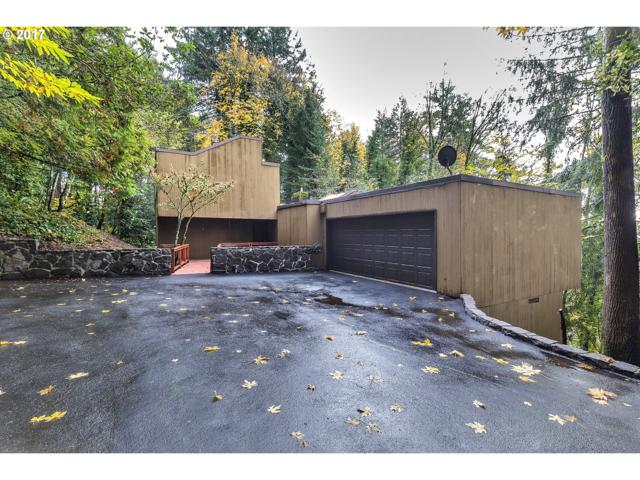 3240 SW 55TH Dr, Portland, OR 97221 (MLS #17197619) :: Hatch Homes Group