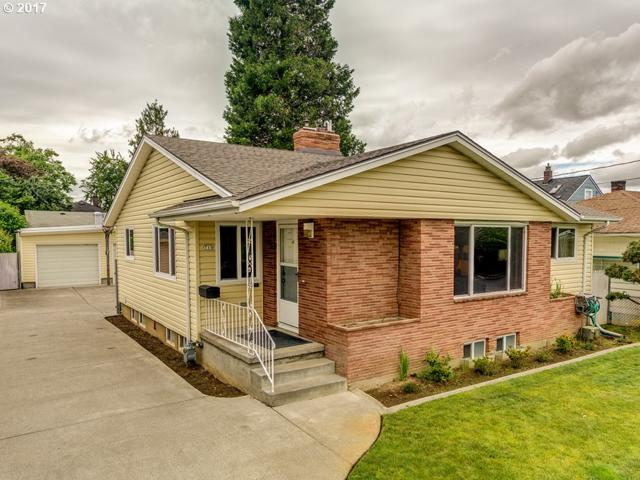 715 NE 81ST Ave, Portland, OR 97213 (MLS #17211047) :: Cano Real Estate