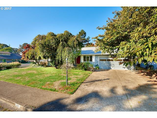 1101 Sitka Ave, Newberg, OR 97132 (MLS #17226927) :: Fox Real Estate Group