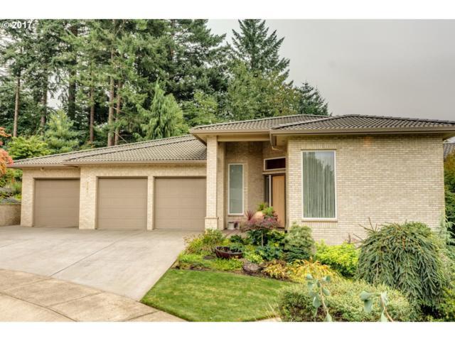 12812 SE Hawks Crest Pl, Happy Valley, OR 97086 (MLS #17237867) :: Fox Real Estate Group