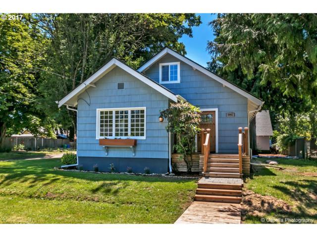 5042 SE Martins St, Portland, OR 97206 (MLS #17242046) :: Hatch Homes Group