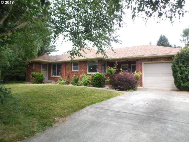 2114 NE 49TH St, Vancouver, WA 98663 (MLS #17245761) :: The Dale Chumbley Group