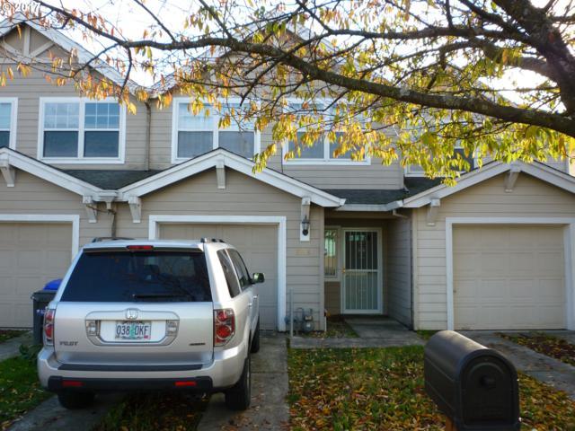 8338 SE Clinton St, Portland, OR 97266 (MLS #17253028) :: Stellar Realty Northwest
