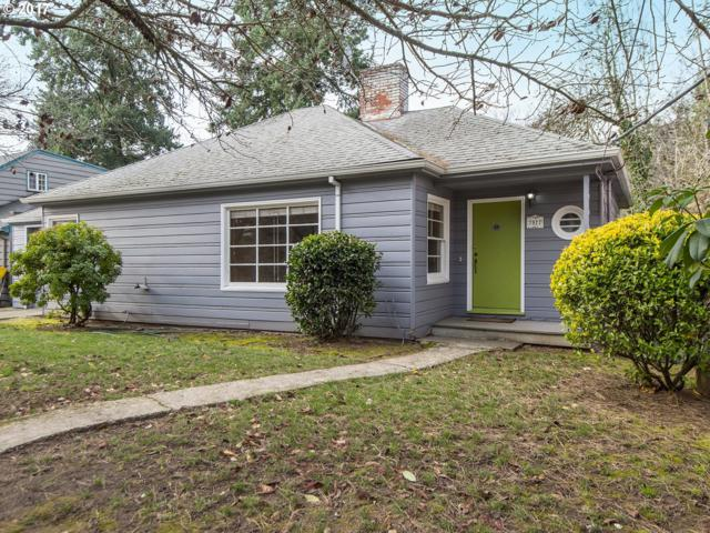 7927 SW 11TH Ave, Portland, OR 97219 (MLS #17255691) :: TLK Group Properties