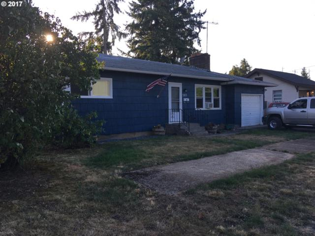285 S 17TH, St. Helens, OR 97051 (MLS #17256515) :: Next Home Realty Connection