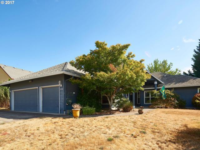 2712 NE 3RD Pl, Hillsboro, OR 97124 (MLS #17257884) :: Fox Real Estate Group