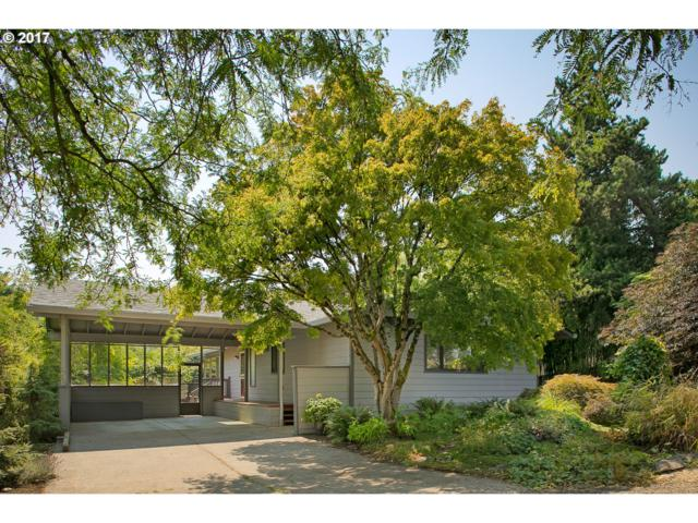 1920 SW Nevada Ct, Portland, OR 97219 (MLS #17279502) :: Hatch Homes Group