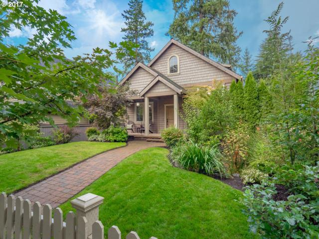 828 8TH St, Lake Oswego, OR 97034 (MLS #17283096) :: Fox Real Estate Group