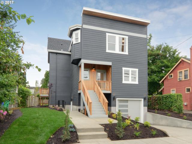 8623 SE 11TH Ave, Portland, OR 97202 (MLS #17286761) :: Hatch Homes Group