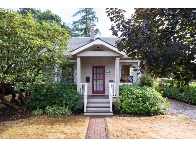 2802 SW Miles St, Portland, OR 97219 (MLS #17287207) :: Hatch Homes Group