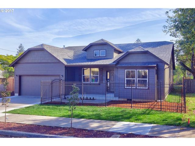 2630 SE 105TH Ave, Portland, OR 97266 (MLS #17302905) :: Next Home Realty Connection