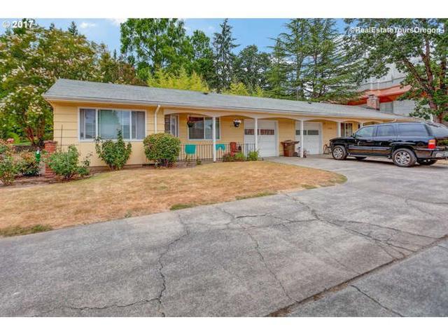11500 SW Lomita Ave, Tigard, OR 97223 (MLS #17305646) :: TLK Group Properties
