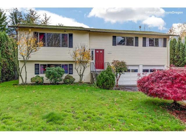 131 NE 14TH Ave, Canby, OR 97013 (MLS #17308890) :: Beltran Properties at Keller Williams Portland Premiere