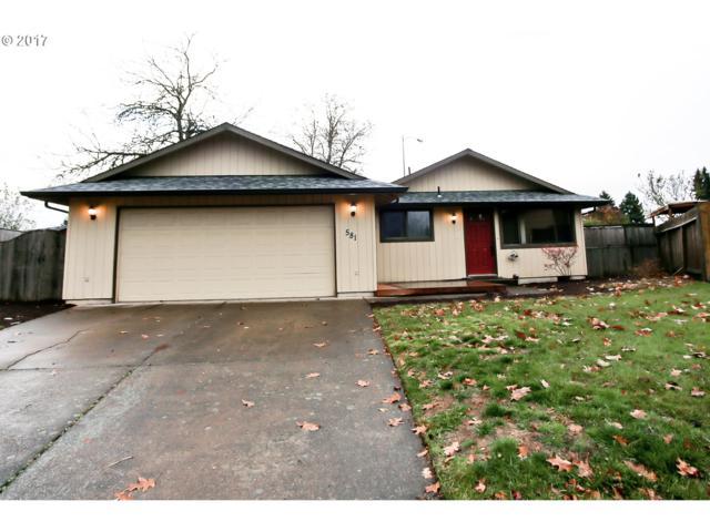 581 Panda Loop, Eugene, OR 97401 (MLS #17309186) :: Fox Real Estate Group