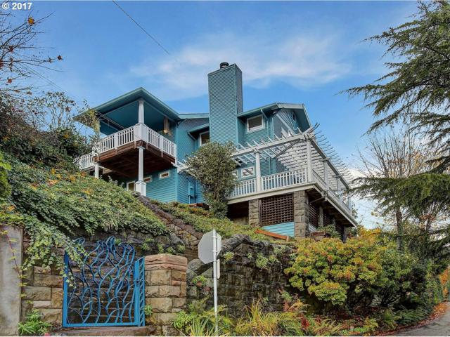 2521 SW Hoffman Ave, Portland, OR 97201 (MLS #17312858) :: Next Home Realty Connection