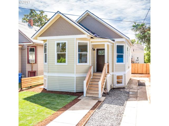 2210 SE Brooklyn St, Portland, OR 97202 (MLS #17314098) :: Hatch Homes Group