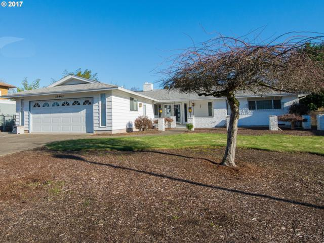 15440 SE Hartnell Ave, Milwaukie, OR 97267 (MLS #17325402) :: Matin Real Estate