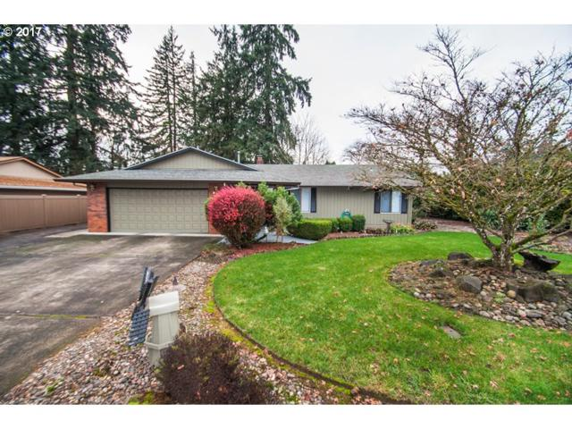 835 Cedaroak St, St. Helens, OR 97051 (MLS #17337659) :: Next Home Realty Connection