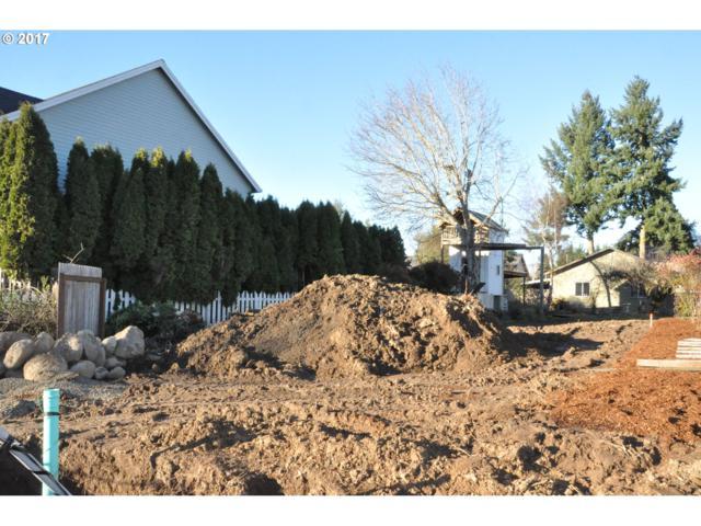 1460 SE 9th Ave, Canby, OR 97013 (MLS #17342907) :: Beltran Properties at Keller Williams Portland Premiere