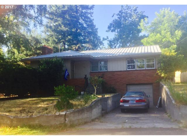 1923 SE Sunny Slope Rd, Milwaukie, OR 97267 (MLS #17344432) :: Matin Real Estate