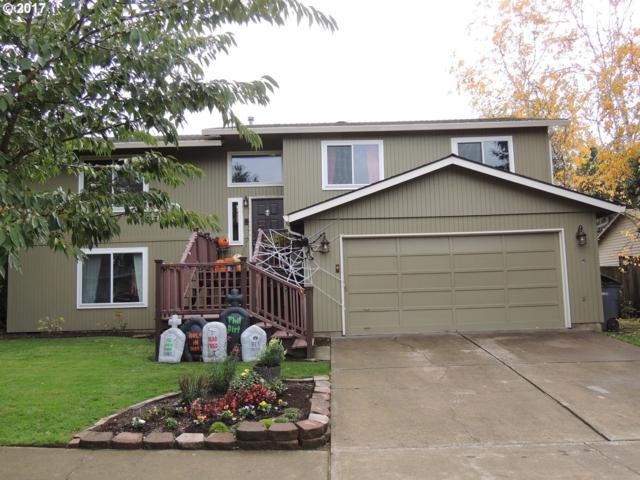 200 E Foothills Dr, Newberg, OR 97132 (MLS #17347086) :: The Sadle Home Selling Team