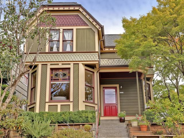 2237 SE Oak St, Portland, OR 97214 (MLS #17357518) :: Next Home Realty Connection